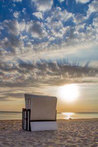 Strandkorb Sonnenuntergang